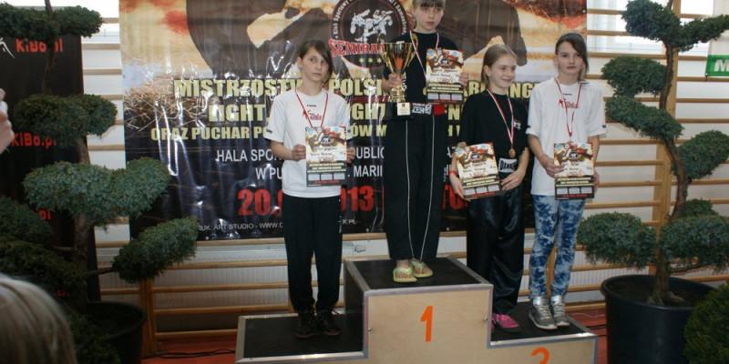 4 medale Pucharu Polski w kickboxingu