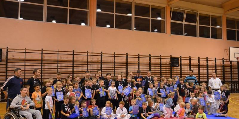 80 dzieci w Wejherowie na otwartym treningu