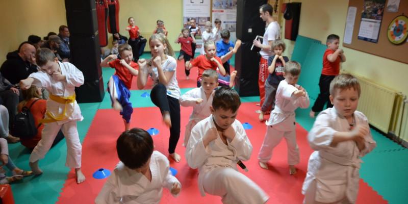 Egzamin na stopnie wyszkolenia w kickboxingu!
